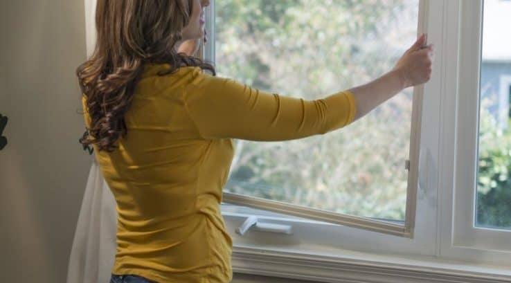 Removing Window Screens for the Winter – Yes, You Need To Do This